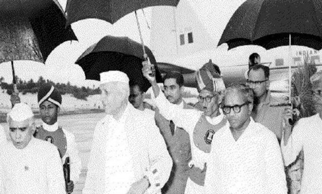 Pt. Nehru and EMS Namboodripad (on his left)