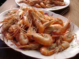 Cheap shrimp poses health and ethical issues
