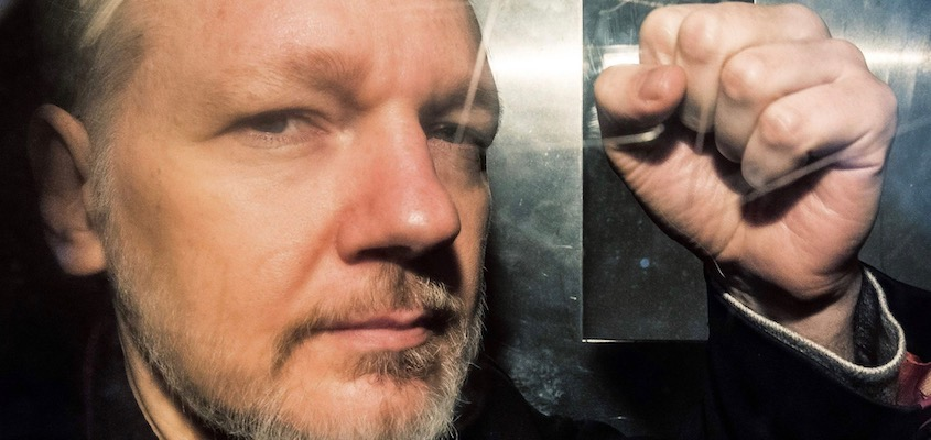 The Torture of Assange Is Public Policy in U.S. Prisons, From InText
