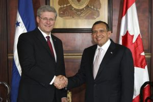 Stephen Harper and Porfirio Lobo