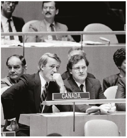 Brian Mulroney and Stephen Lewis at UN