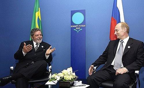 Former Brazilian President Luiz Inacio Lula da Silva, left, with President Vladimir Putin.