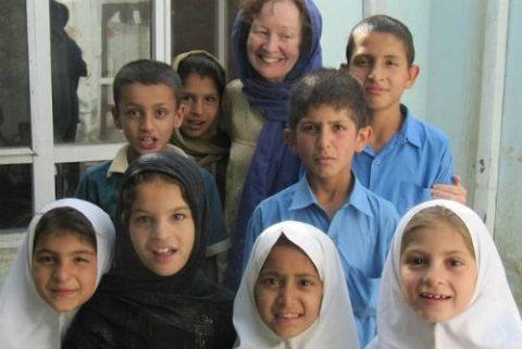 Kathy Kelly with children in Kabul, Afghanistan, May 2016