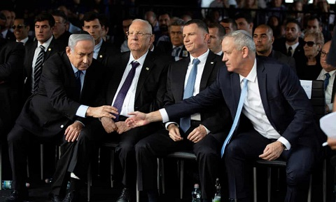 Benny Gantz elected Israeli speaker signalling deal with Netanyahu