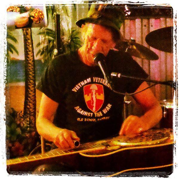 Bill Homans, musical voice of Vietnam Veterans Against the War, in Washington DC, 2011, From InText